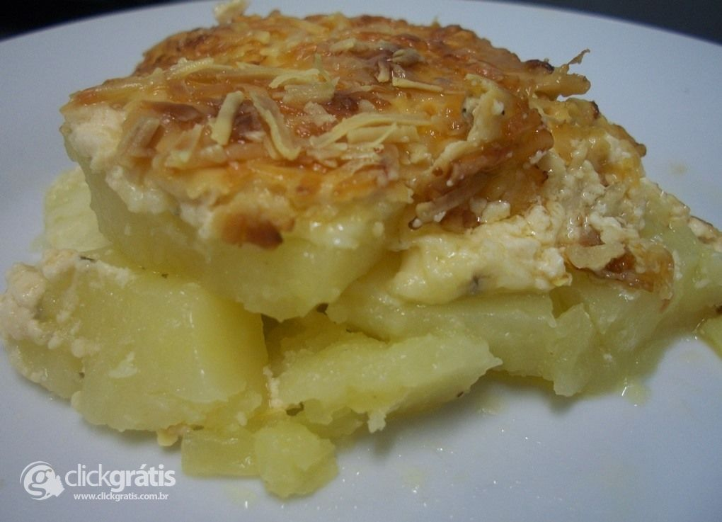 Passo 15 - Batatas Gratinadas com Creme de Leite Nestlé