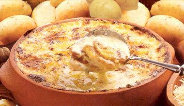 Receita Batatas Gratinadas com Creme de Leite Nestlé