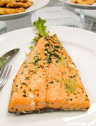 Receita Postas de Peixe ao Molho de Tomate