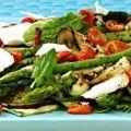 Salada de Quinua Real com Tomate Cereja, Queijo de Cabra e Pesto