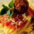 Receita Espaguete com Almôndegas Express de Linguiça