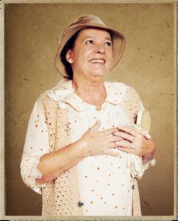 interpreta Florzinha na novela Gabriela exibida pela Emissora Globo