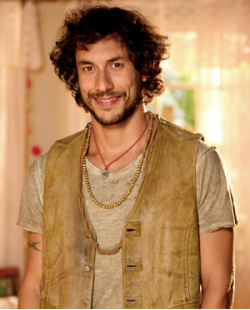 José Henrique Ligabue interpreta Lino na novela Flor do Caribe