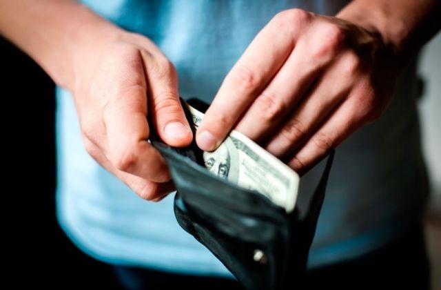 8 dicas para economizar dinheiro mudando hábitos desnecessários