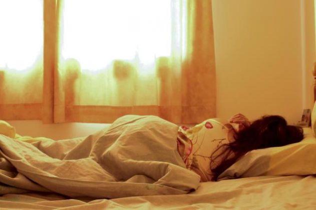 Dormir e acordar tarde não faz mal à saúde