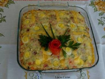 Torta de presunto, queijo e ovos de codorna