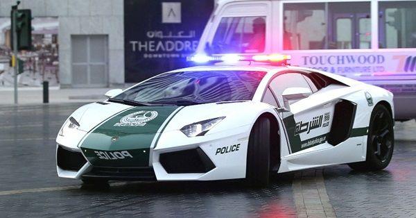 dubai-compra-lamborghini-para-policia-local