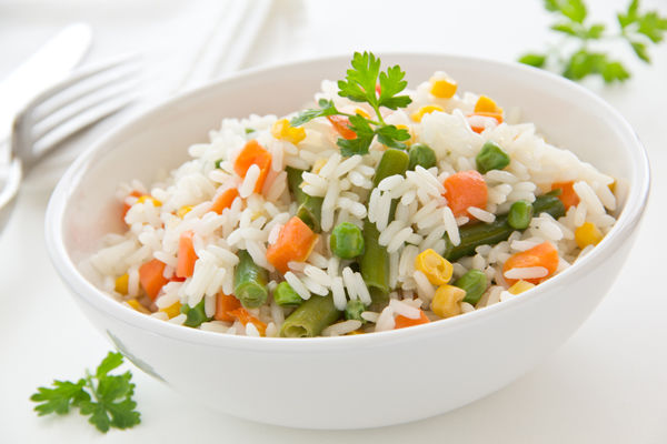 A saúde começa na cozinha: veja dicas para tornar seu arroz mais saudável