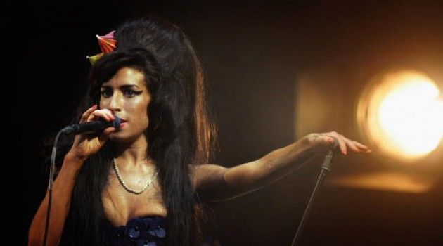 amy-winehouse-cantora