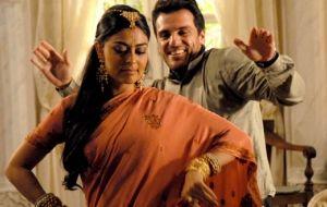 """A novela """"Caminhos das Índias"""" está no ar novamente – veja motivos para assistir"""