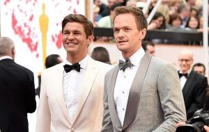 Poderosos de Hollywood que vivem relacionamento gay na vida real