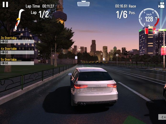 GT Racing 2: The Real Car Experience (Android, iOS e Windows Phone)