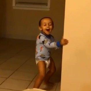 Bebê Dançarino