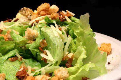 Receita Salada Verde com Atum e Croutons