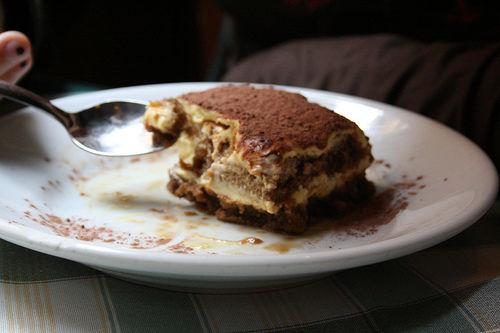 Receita Bolo de Chocolate com Creme de Tiramisu