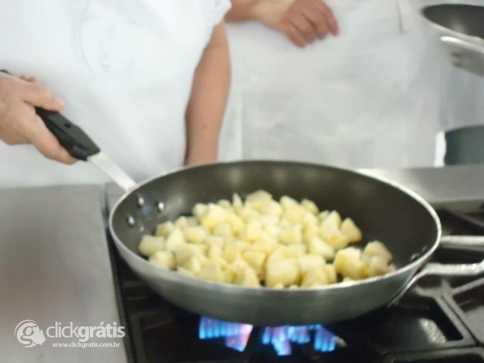 Passo 6 - Tortilha de Maçã com Nozes (com Fotos)