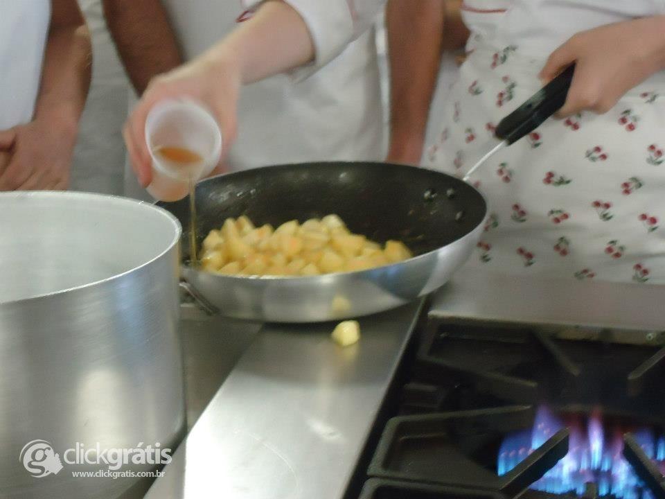 Passo 8 - Tortilha de Maçã com Nozes (com Fotos)