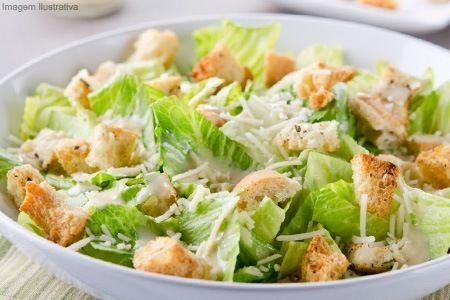 Receita Salada de Alface com Croutons