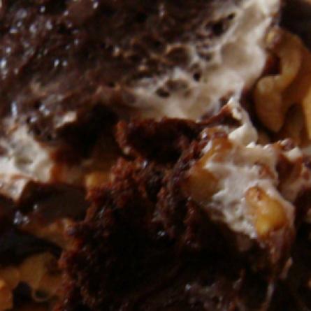 Receita Bolo de Mousse de Chocolate com Nozes