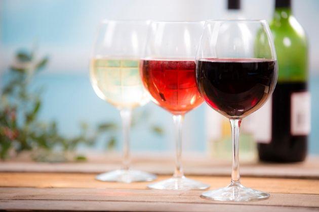 Entenda os rótulos e veja como escolher melhor o seu vinho