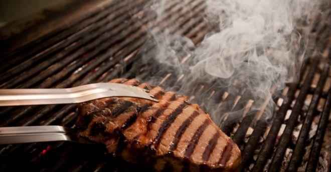 9 erros comuns que podem ser evitados no preparo do churrasco