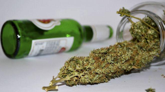 Maconha ou álcool: Qual dessas drogas é mais prejudicial à saúde?