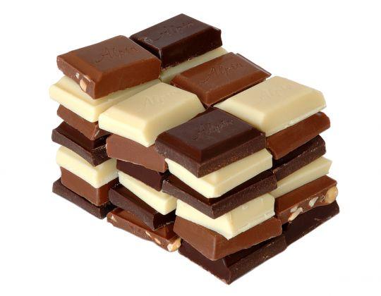 Aprenda identificar os melhores chocolates e evite os mitos sobre o produto