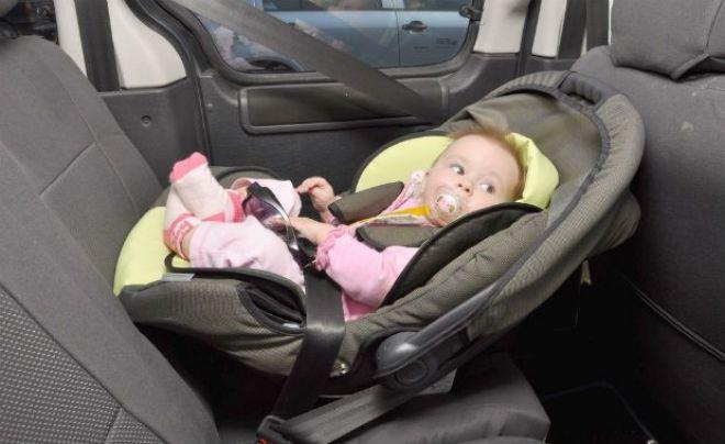 5 itens indispensáveis no carro de quem tem criança