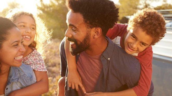 Autoestima ajuda no desenvolvimento do filho: veja dicas para ajudar nesse sentido