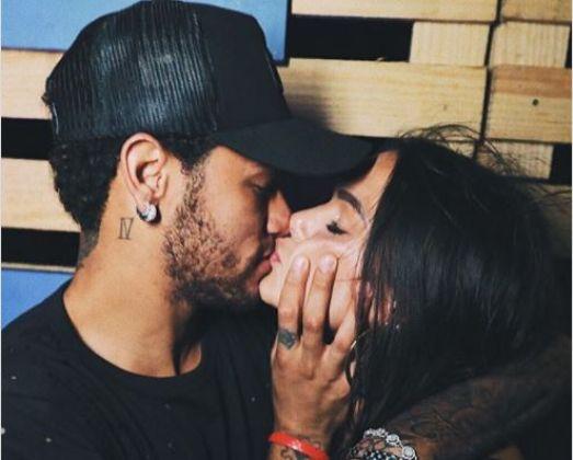 Casais famosos que entraram 2018 com novo relacionamento assumido