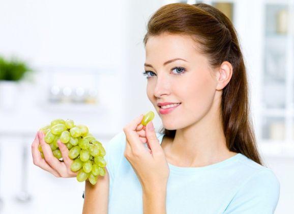 8 razões para comer uvas diariamente