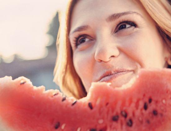 8 benefícios no consumo da melancia