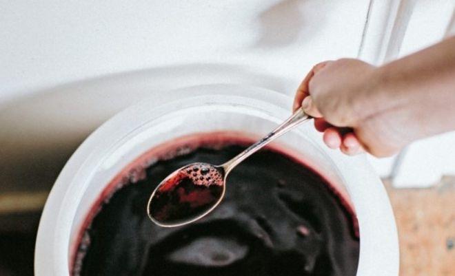 Os benefícios do vinagre de vinho tinto