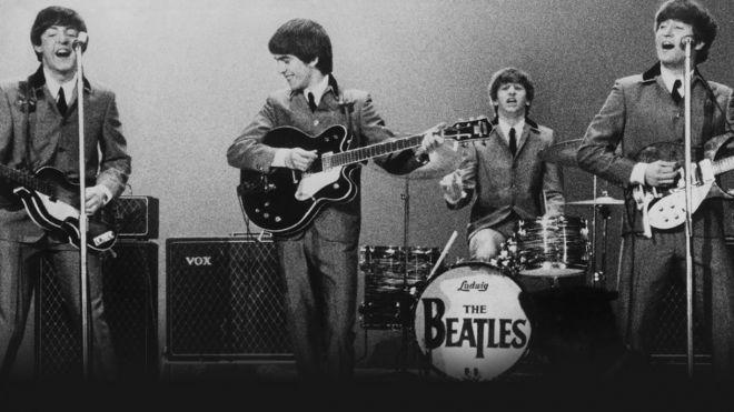 Os 7 maiores músicos em recordes de vendas nos EUAs e no mundo