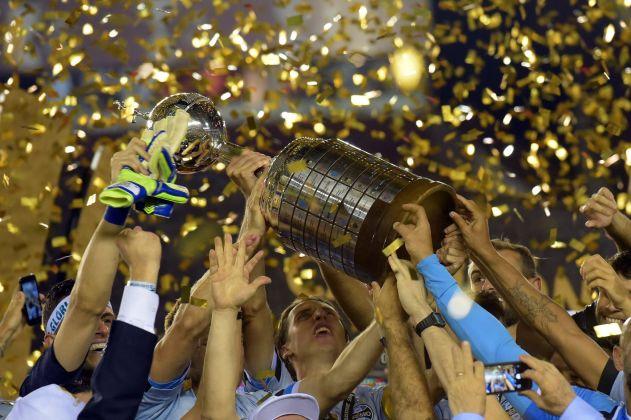 A Copa Libertadores se adapta ao estilo europeu