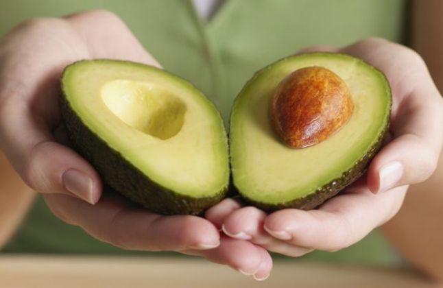 10 benefícios que o abacate pode lhe proporcionar