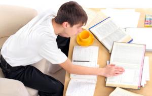Dicas para passar em concursos estudando em casa
