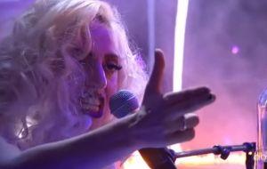 Relembre algumas das maiores apresentações de Lady Gaga