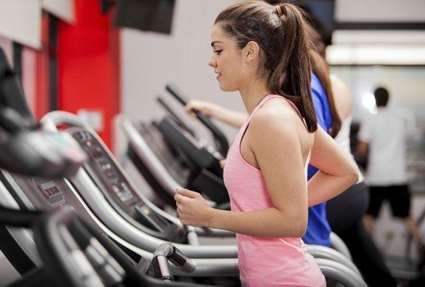 Dicas de atividades físicas para mulheres enferrujadas
