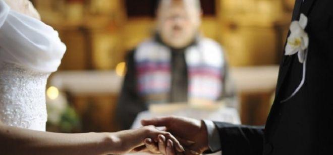 3 tradições antigas bizarras de casamento