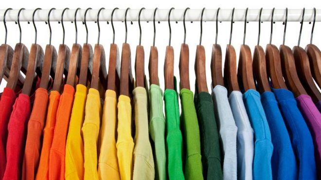 Dicas para tingir roupas e mudar seu visual