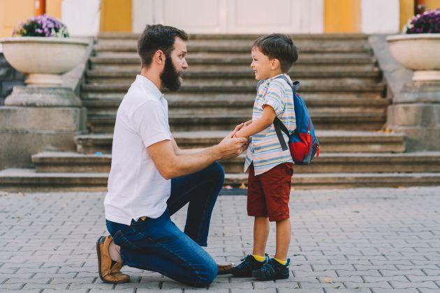 Como preparar os filhos pequenos para uma nova escolinha