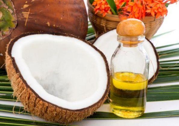 5 motivos para utilizar o óleo de coco para bronzear o corpo