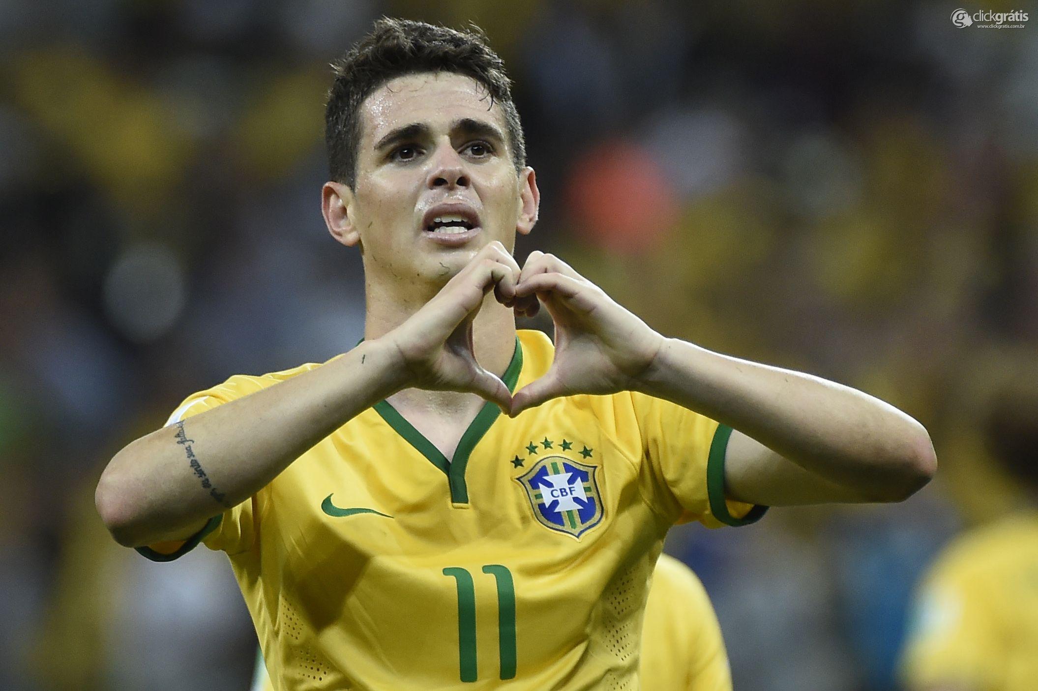 Oscar, meia da Seleção
