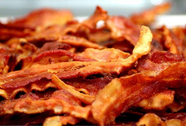 Como fritar um bacon crocante