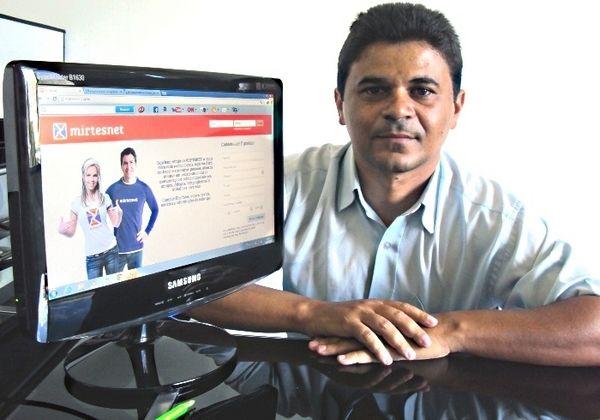 Conheça o Mirtesnet - O Facebook Brasileiro