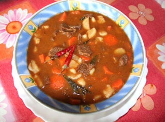 Melhores Comidas de Inverno - Sopa Goulasch