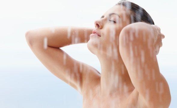 oleo-hidratar-pele-durante-banho