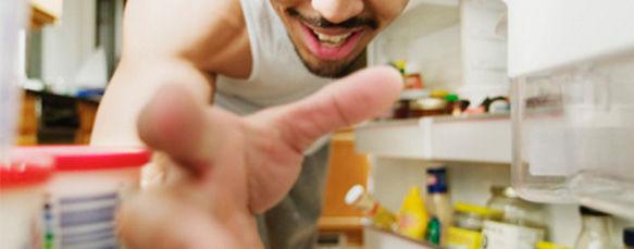 aprenda-a-tirar-cheiros-da-geladeira