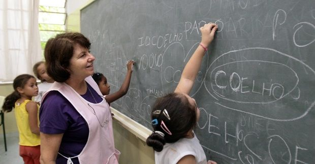 educacao-brasil-evolui-mas-continua-entre-as-ultimas